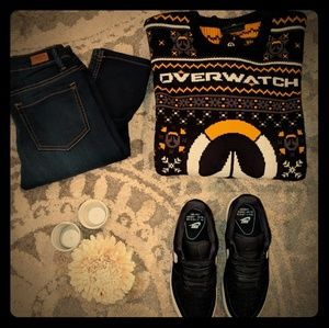 Sweaters - NWT Adult 2XL Overwatch Sweater